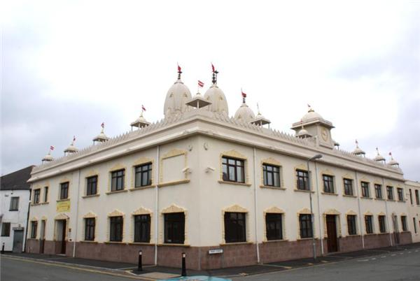 Shree Swaminarayan Temple - Cardiff